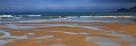 午后通透的海景。