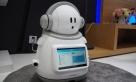 创维自行研制的智能语音机器人。