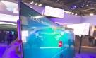 TCL推出的3.9毫米极薄全球领先概念量子点曲面电视与超薄手机对比