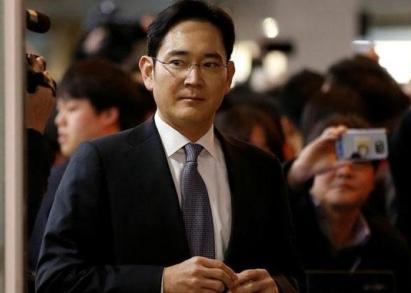 22小时问询 三星承认向朴槿惠提供资金