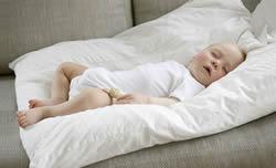 鼻炎痘痘频发 好的除螨仪还你安心睡眠