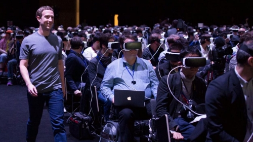 VR头盔急速降温 扎克伯格20亿美元收购打水漂了吗
