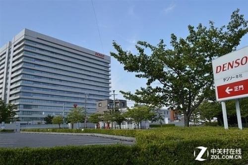 日本DENSO公司4.4亿美元的投资JOLED
