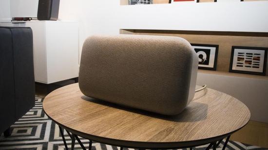 谷歌Home max智能音箱让无线路由器崩溃