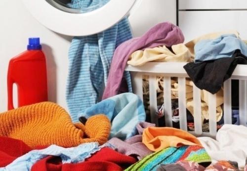 较大的洗涤容量可以一次收揽洗净众多衣物