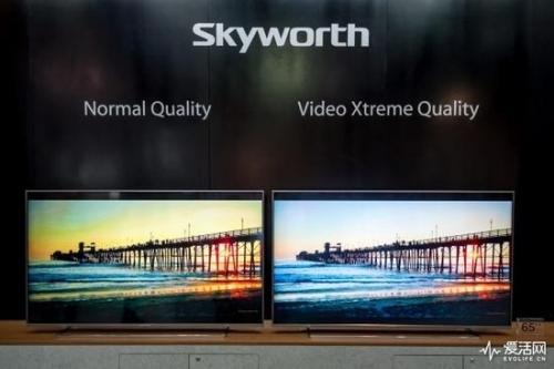 右是搭载了AI画质芯片的创维电视,演示效果非常显著