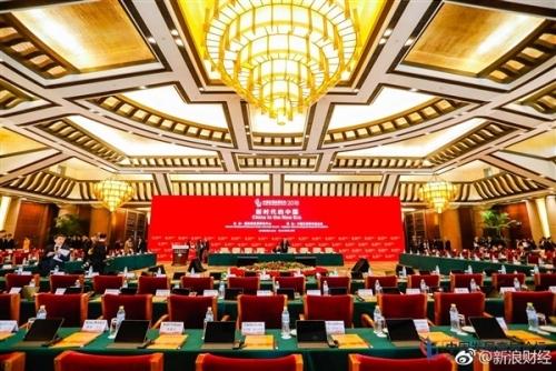 尴尬!库克中国开会被迫用Windows电脑 结果亮了