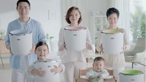 TCL免污式桶中桶洗衣机 一起关注家人健康