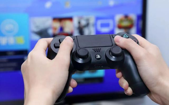 唠嗑丨 玩游戏用显示器还是用电视机?