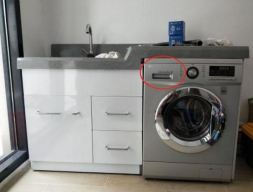 """洗衣机用十年,才发现上面""""小盒子""""有这好处?难怪衣服总有泡沫"""