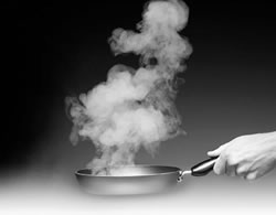 """这台""""全面屏""""油烟机 搞定了我们家的油烟问题"""