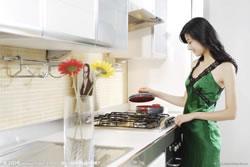 你的厨房太油腻?可能是你吸油烟机没选对!