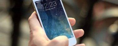 """手机依赖成瘾 爱玩手机可能是种""""精神病""""?"""