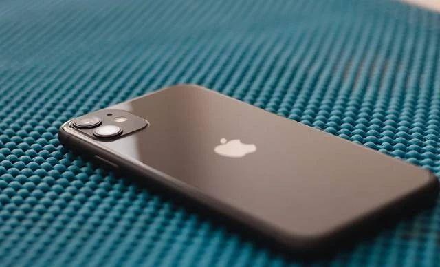 苹果计划放弃lightening接口 全无线时代来临?