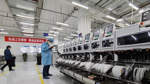 长虹控股公司在绵单位全面复工 产线复产率92%