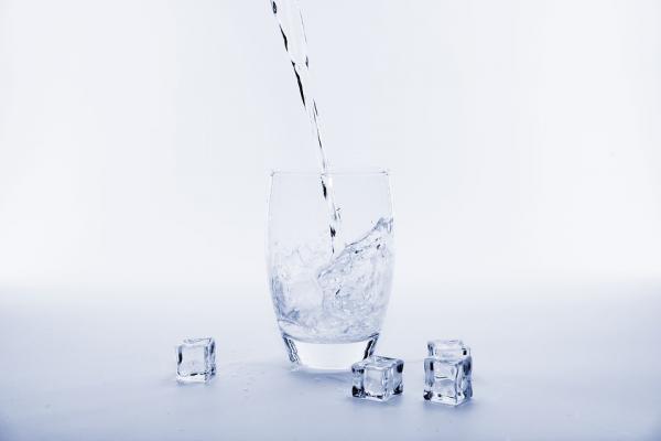 办公室饮水不放心?是时候选择一台九阳净水壶了