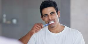 """越来越火的电动牙刷,能让牙齿""""自动""""变干净吗?"""