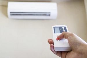 空调制热效率最高 为何大家还是热衷电暖器