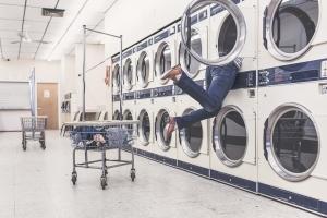 使用洗衣机要注意 不然衣服越洗越脏!