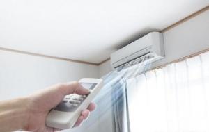 空调闲置 别忘了清除空调暗藏的污垢